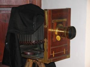 Stari fotografski aparat